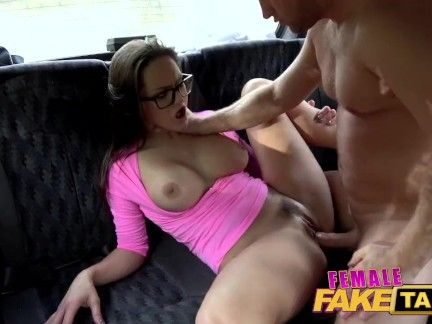 Feminine Pretend Taxi Barbara Bieber offers pussy cost plan after taxi crash