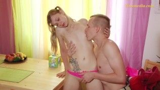 younger boy and lady with very small tits.mp4