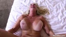 Cock hungry Cougar enjoys Laborious Anal Fucking