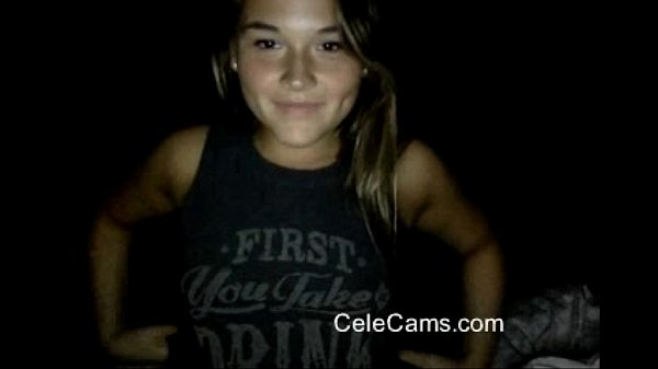 AMAZING Gamer chick First time on cam