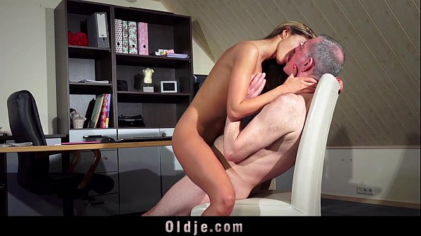 Hot Teen Fucking Old Man Pussy Fuck And Blowjob Cum Swallow