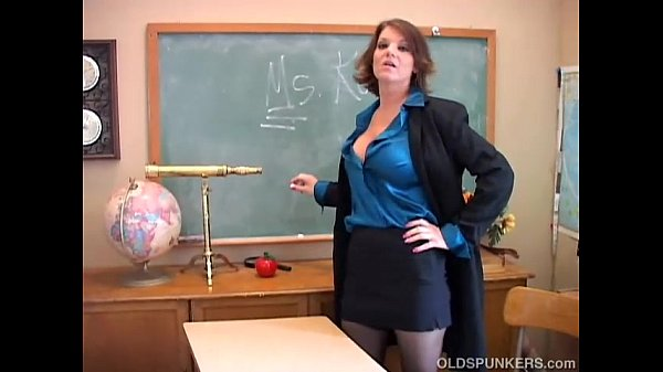 Sexy old spunker teacher loves to fuck her juicy pussy for you 10 min